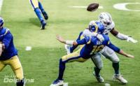 Debutta Tua ma la difesa dei Dolphins si prende gioco dei Rams