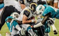 Battuti i Rams 14 a 13 via con gli ultimi tagli